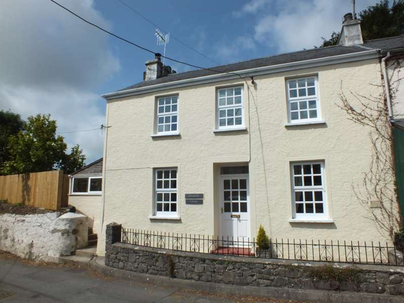 3 Bedrooms Semi Detached House for sale in Churchside Cottage, St. Florence, Tenby, Pembrokeshire