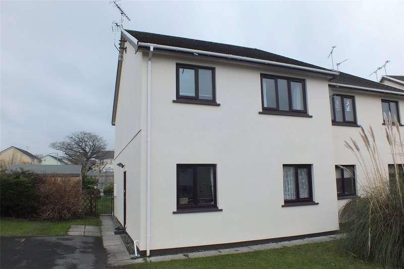 2 Bedrooms Flat for sale in Park Avenue, Kilgetty, Pembrokeshire