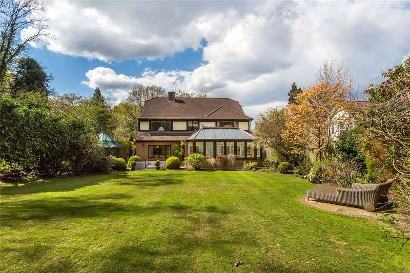 4 Bedrooms Detached House for sale in Guildford Road, Ottershaw, Chertsey, Surrey, KT16