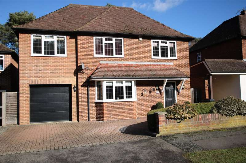 4 Bedrooms Detached House for sale in Lovelace Drive, Pyrford, Surrey, GU22