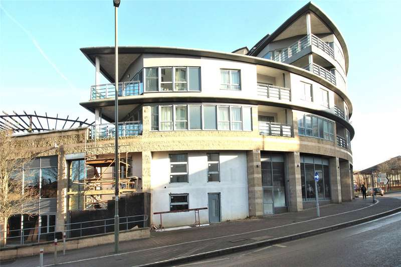 1 Bedroom Apartment Flat for sale in Centrium, Station Approach, Woking, Surrey, GU22