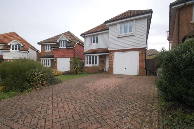 4 Bedrooms Detached House for sale in Foulds Close, Wigmore, Rainham, ME8
