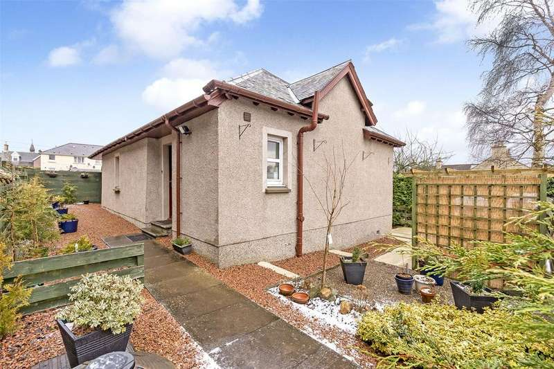 3 Bedrooms Detached Bungalow for sale in 84 Abbey Road, Scone, Perth, PH2