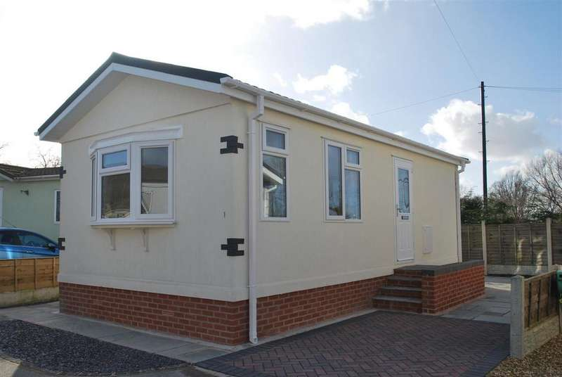 1 Bedroom Park Home Mobile Home for sale in Williams Way, Marsh Lane, Frodsham
