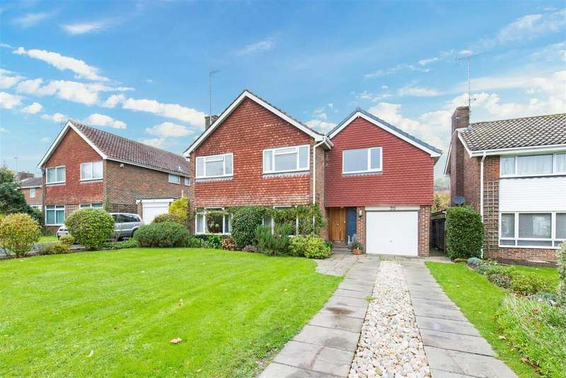 5 Bedrooms Detached House for sale in Lockitt Way, Kingston
