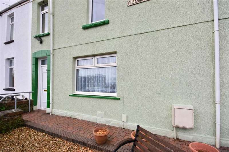 3 Bedrooms Terraced House for sale in Pleasant View Terrace, Swansea