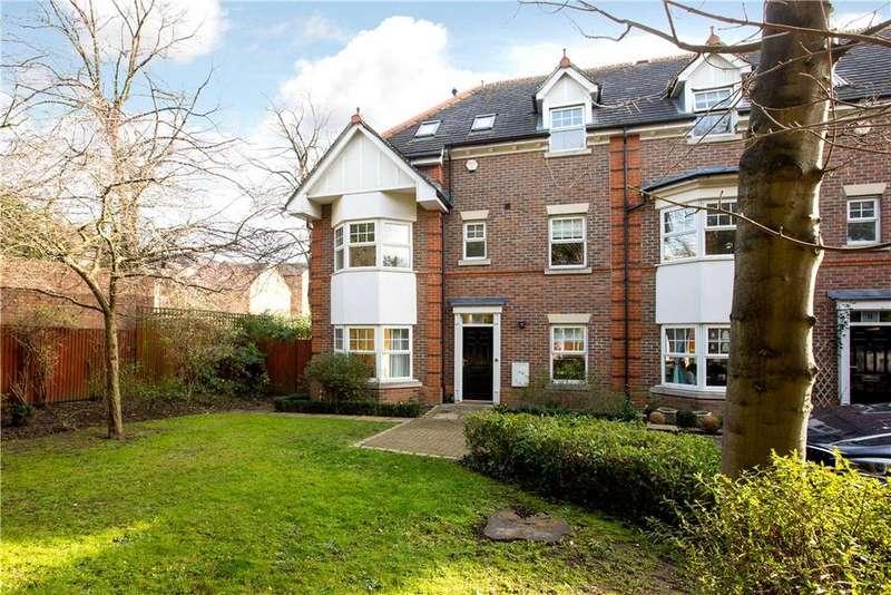 4 Bedrooms Terraced House for sale in Saffron Mews, 88 Worple Road, London, SW19