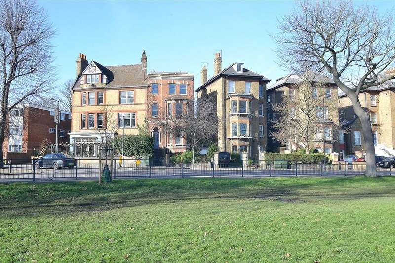 2 Bedrooms Flat for sale in Peckham Rye, East Dulwich, London, SE22