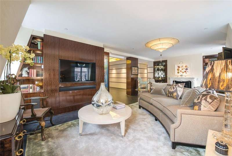 3 Bedrooms Flat for sale in St. James's Street, St James's, London, SW1A
