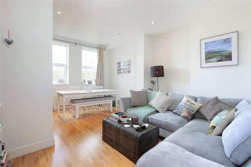 2 Bedrooms Flat for sale in Santos Road, Wandsworth, London, SW18