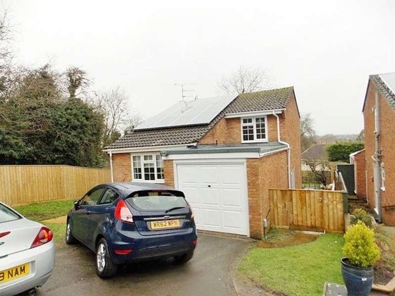 4 Bedrooms Detached House for rent in Cloverlands, North Swindon
