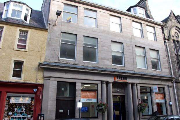 2 Bedrooms Flat for sale in High Street, Perth, PH1