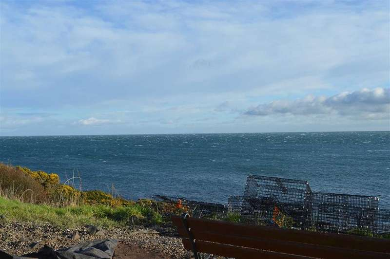 3 Bedrooms Semi Detached House for sale in Coastguard Cottages, Crail, Fife