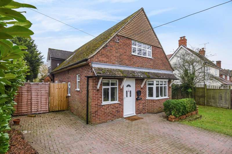 4 Bedrooms Detached House for sale in Bowling Green Road, West Berkshire, RG18