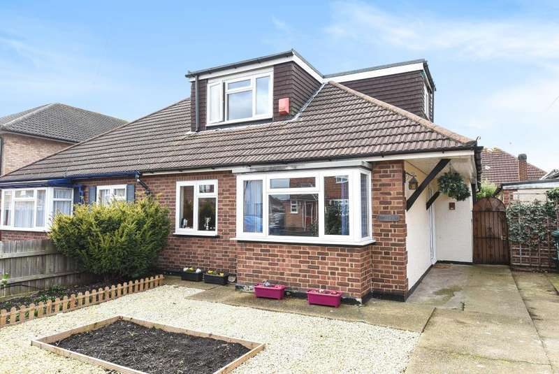 3 Bedrooms Bungalow for sale in Ashford, Middlesex, TW15