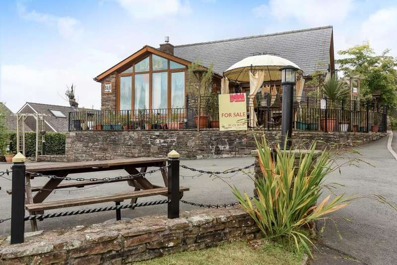 6 Bedrooms Detached Bungalow for sale in Castle Lodge, Sennybridge, LD3