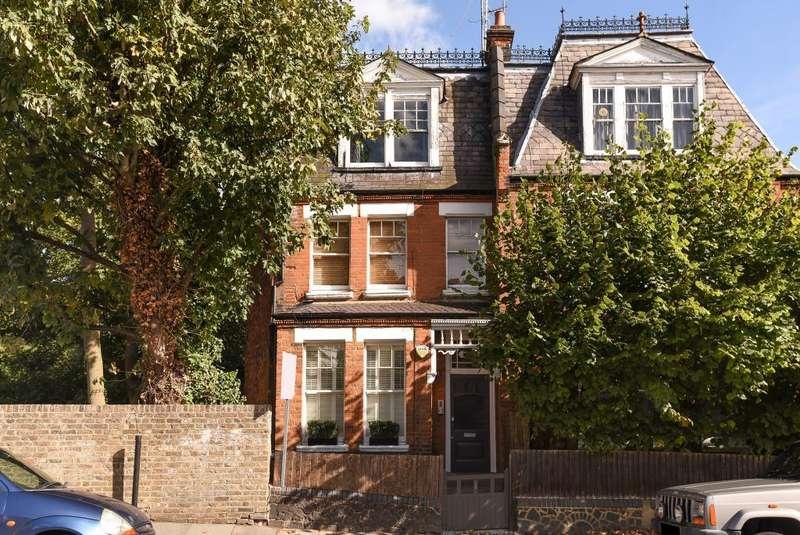 2 Bedrooms Flat for sale in Langdon Park Road, Highgate, London, N6