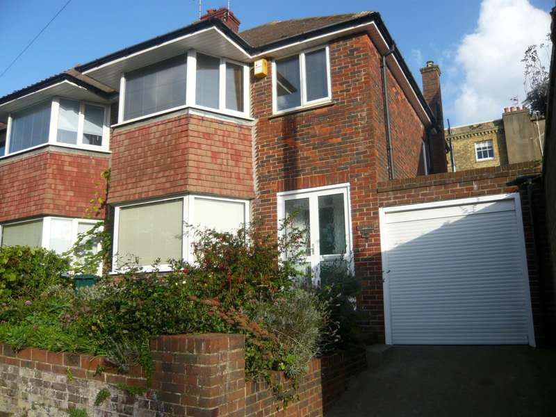 3 Bedrooms Semi Detached House for rent in Church Place, Brighton