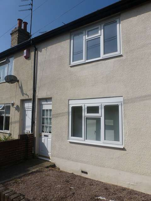 3 Bedrooms Terraced House for rent in Union Place, Lowestoft