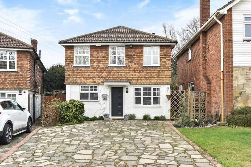 3 Bedrooms Detached House for sale in Falcon Avenue, Bickley
