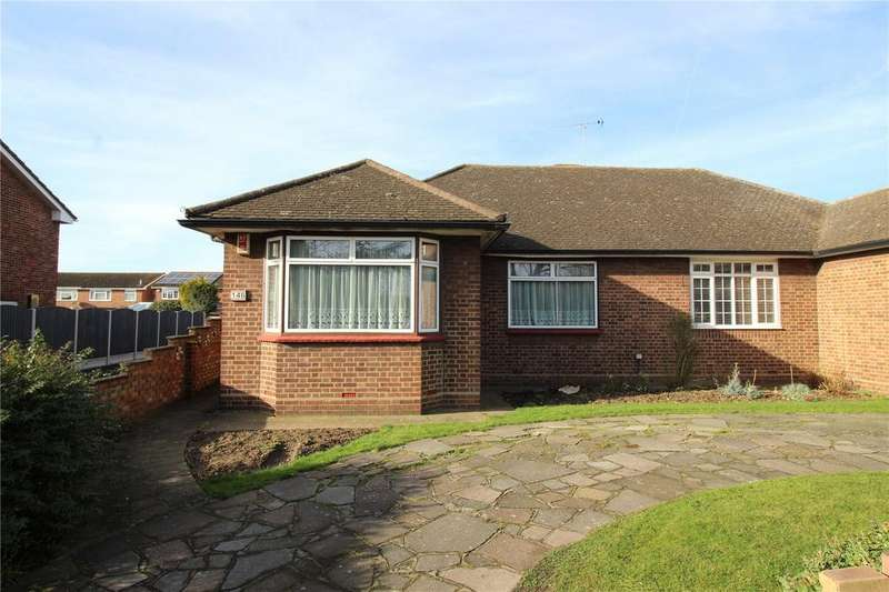 3 Bedrooms Semi Detached Bungalow for sale in Suttons Lane, Hornchurch, RM12