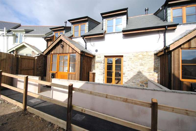 3 Bedrooms Semi Detached House for sale in West Down, Devon