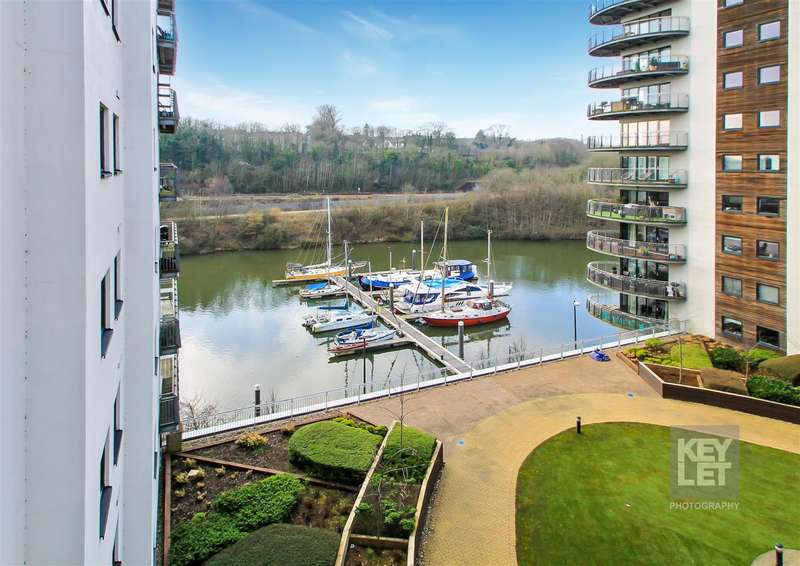 2 Bedrooms Apartment Flat for sale in Victoria Wharf, Cardiff Bay