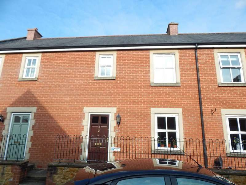 3 Bedrooms Terraced House for sale in Castle Rise, Castle Cary