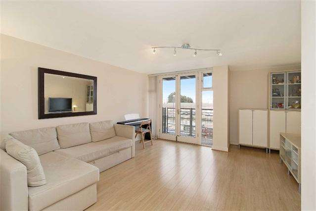 2 Bedrooms Flat for sale in Felixstowe Court, Royal Docks