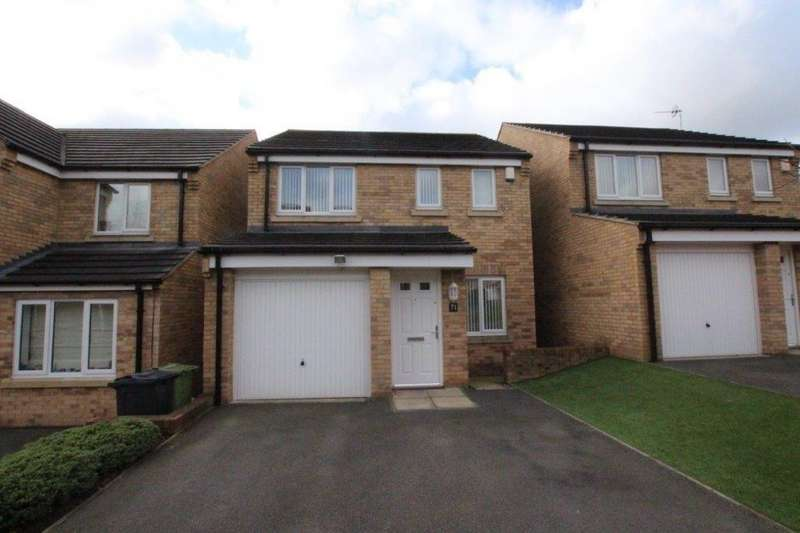 3 Bedrooms Detached House for sale in Burnleys Mill Road, GOMERSAL, West Yorkshire