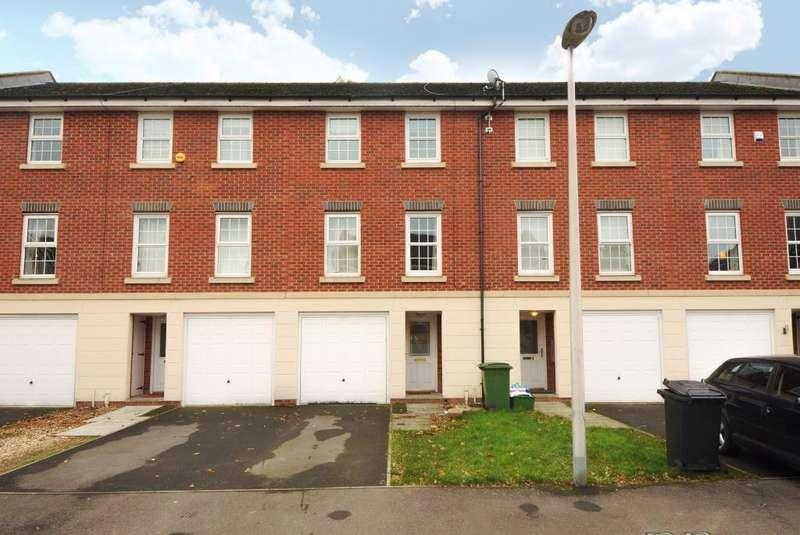 3 Bedrooms House for rent in Newbury, Berkshire, RG14