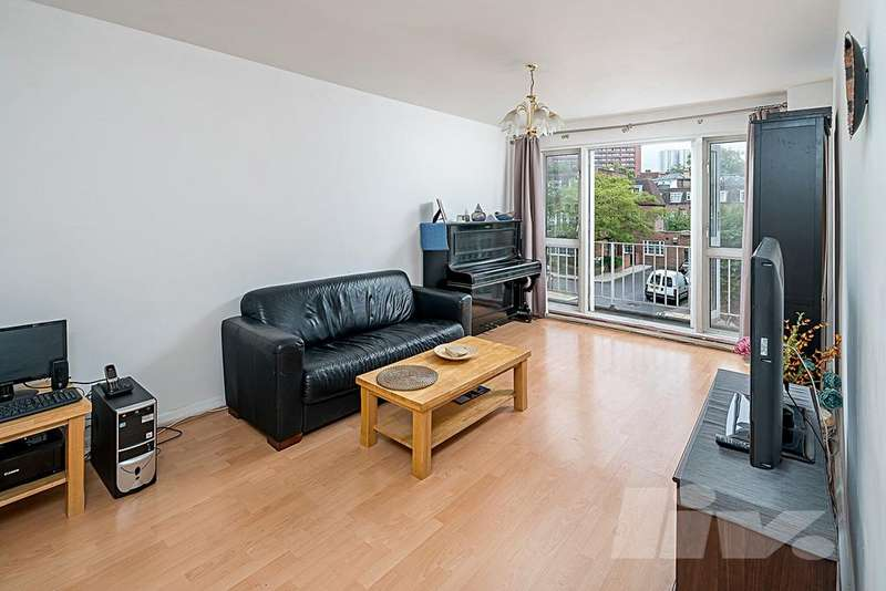 3 Bedrooms Flat for sale in Gladstone Court, Fairfax Road, South Hampstead, NW6