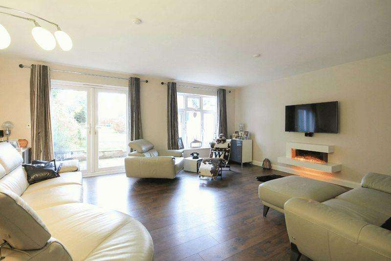 4 Bedrooms Detached House for sale in MONSOM LANE, REPTON