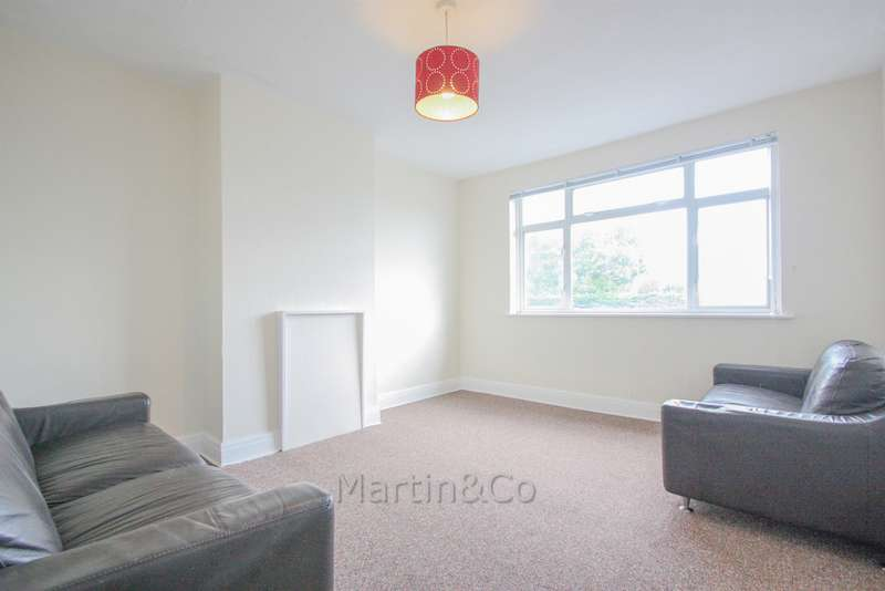 2 Bedrooms Flat for rent in Stonecot Hill, Sutton SM3