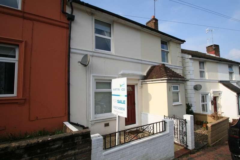 2 Bedrooms Terraced House for sale in Rochdale Road, Tunbridge Wells TN1