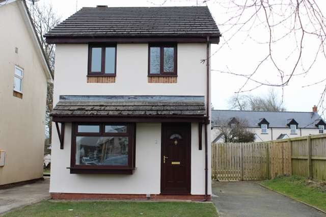 3 Bedrooms Detached House for rent in 3 Bed Detached House, Perrotts Road, Sageston, Tenby SA70 8TE