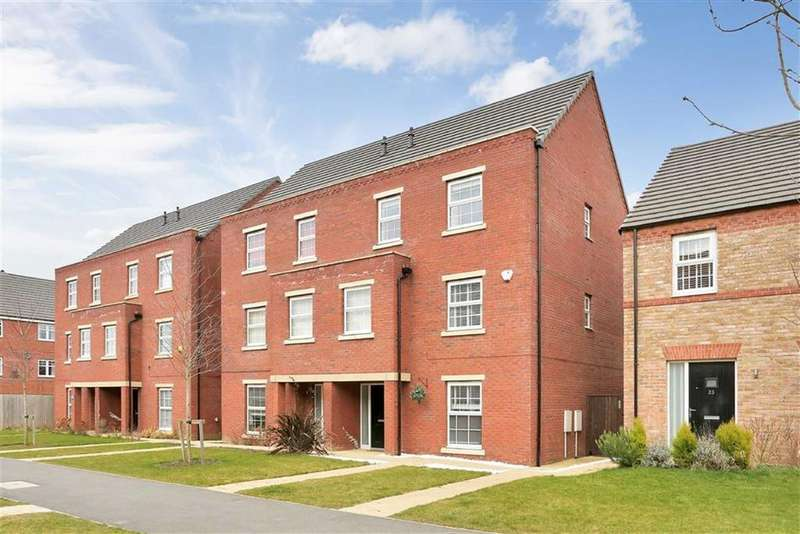 4 Bedrooms Semi Detached House for sale in Advent Walk, Market Harborough, Leicestershire
