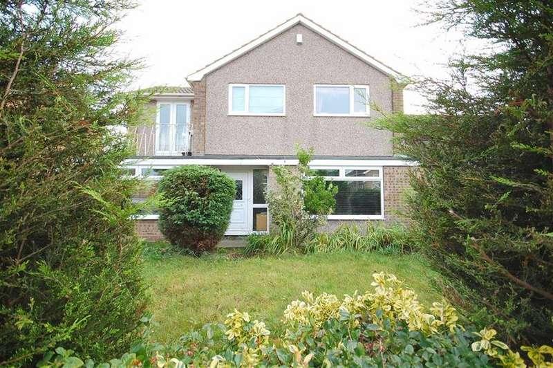 4 Bedrooms Detached House for sale in Arran Drive, Garforth, Leeds, LS25