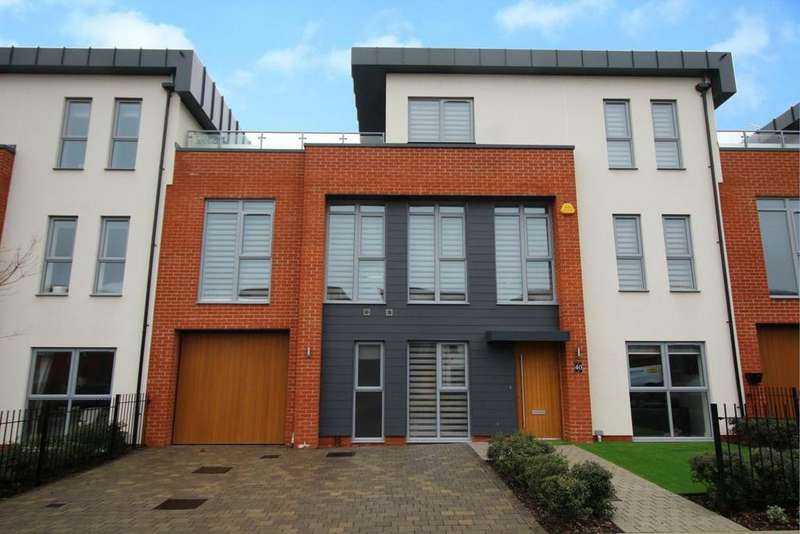4 Bedrooms House for sale in Armistice Avenue, Beaulieu Chase, Chelmsford, Essex, CM1
