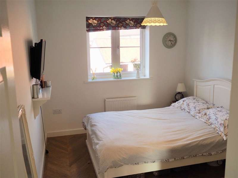 Flat for rent in Bakers Place, Woodley, Reading, Berkshire, RG5