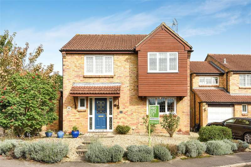 4 Bedrooms Detached House for sale in Ash Way, Wokingham, Berkshire, RG41
