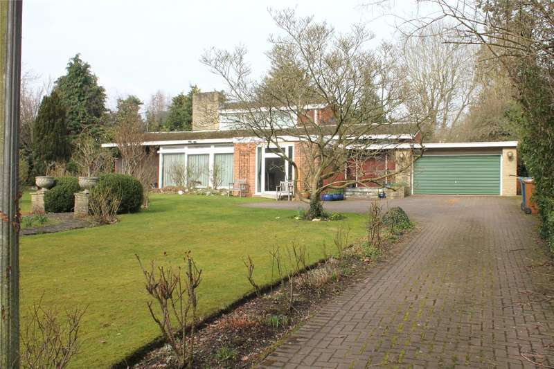 2 Bedrooms Detached House for sale in Pynnacles Close, Stanmore, HA7