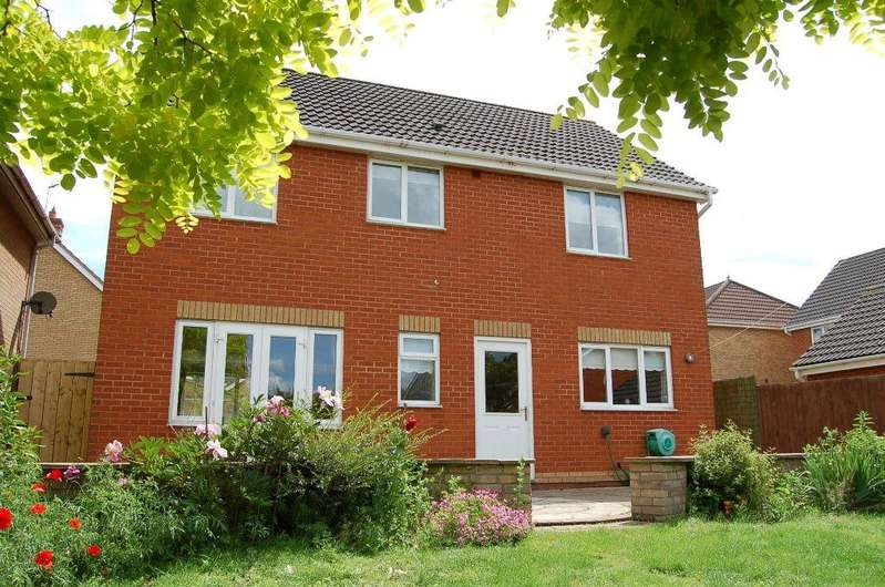 4 Bedrooms Detached House for sale in Riley Close, Ipswich