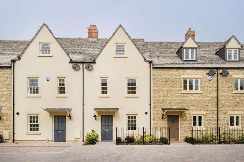4 Bedrooms Town House for rent in Ashford Close, Woodstock, OX20 1FF