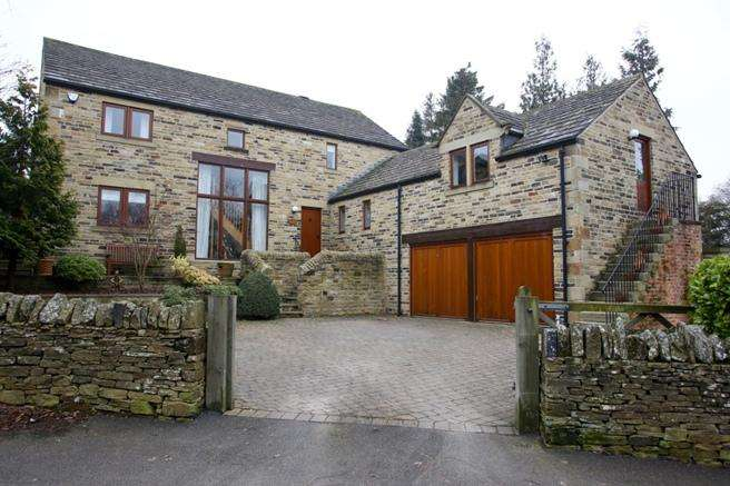 4 Bedrooms Detached House for sale in Tanyard Lodge, 2 Tivy Dale Close, Cawthorne, Barnsley, S75 4ER