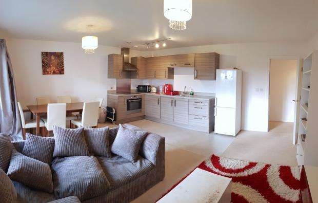 2 Bedrooms Flat for sale in Saxon House Saxon House, Little Brights Road, Belvedere, DA17