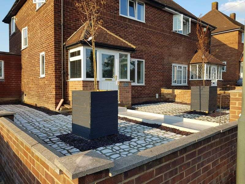 3 Bedrooms Property for sale in Okemore Gardens, Orpington