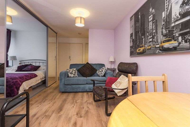 1 Bedroom Property for sale in Prince Of Wales Road, London