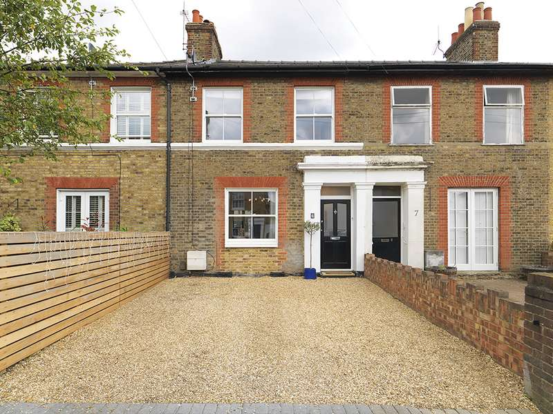 3 Bedrooms Property for sale in Prospect Road, Surbiton, KT6