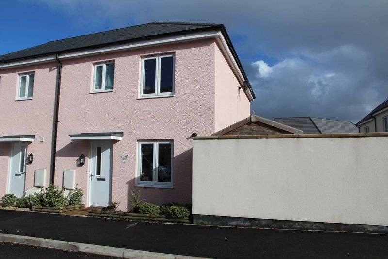 3 Bedrooms Property for sale in Button Drive, Newquay